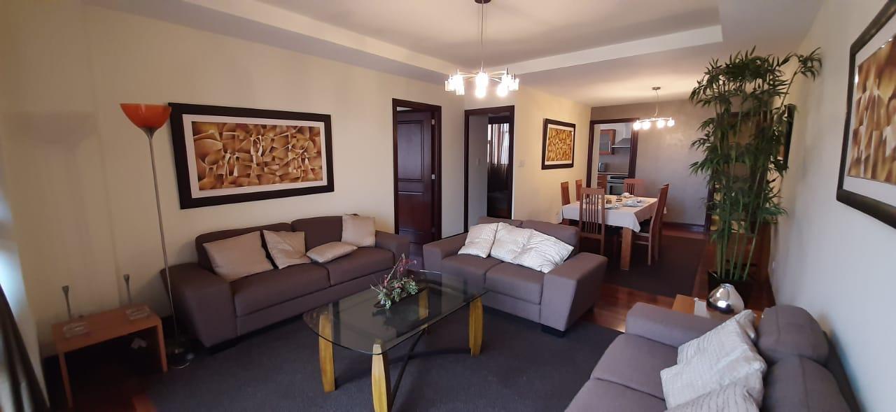 Alquilo Apartamento Amueblado de Dos Habitaciones en Zona 14