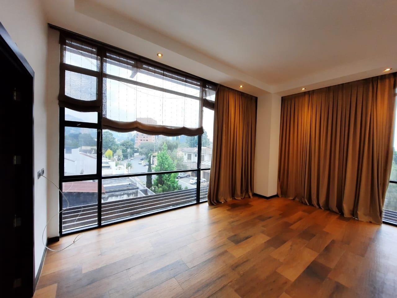 Apartamento en Alquiler en Zona 15