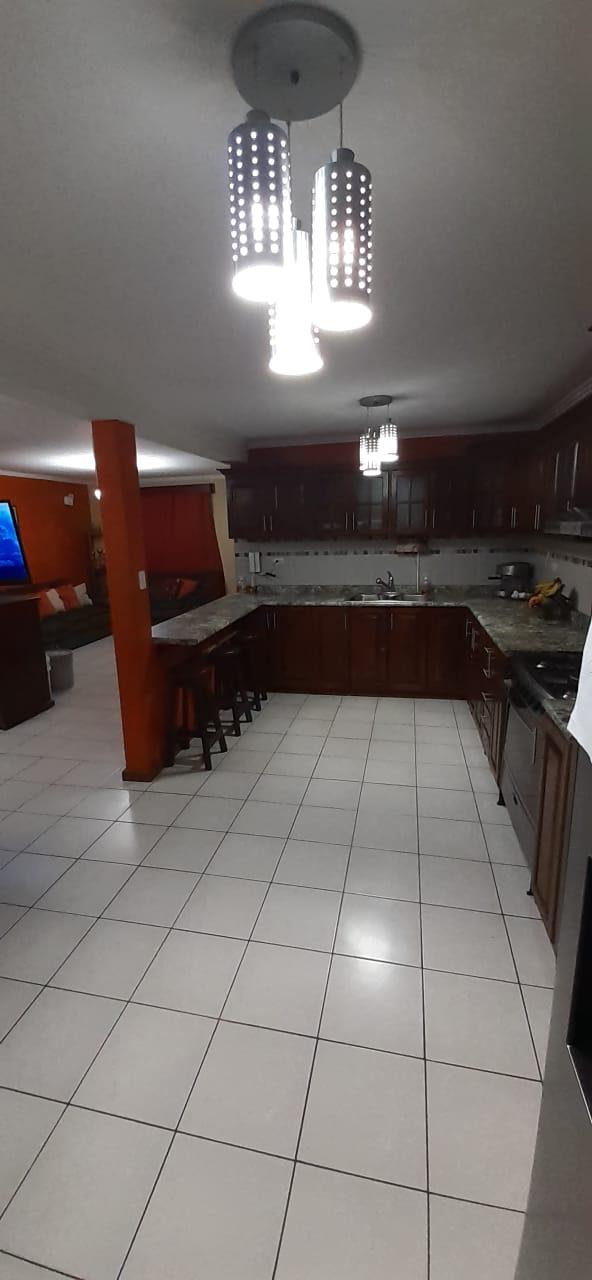 Casa en Venta en Ciudad San Cristóbal, Zona 8, Mixco