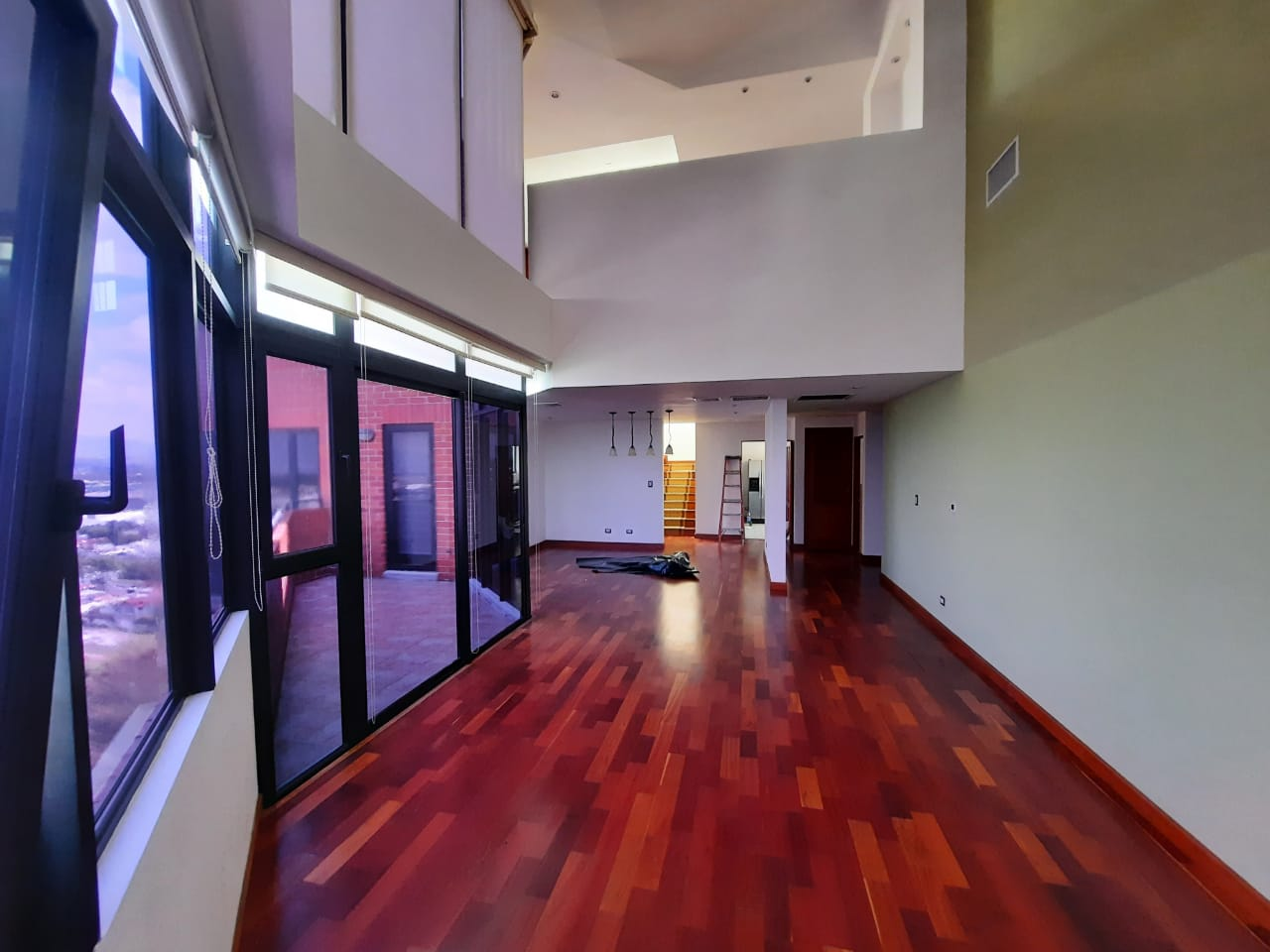 Apartamento Penthouse en Alquiler ubicado en Zona 14